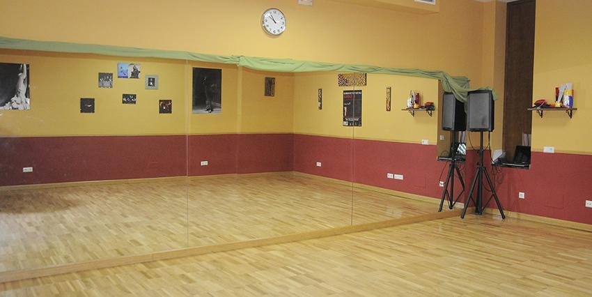 Local insonorizado acondicionado para academia de baile
